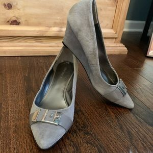 Nine West grey wedges with silver buckle